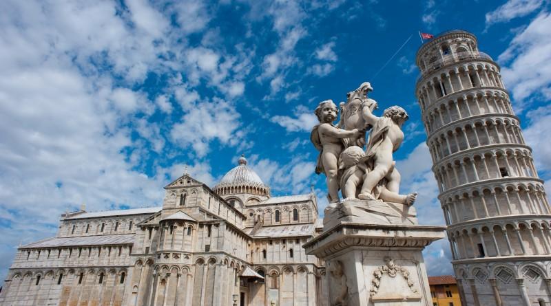 Pisa Piazza dei Miracolli