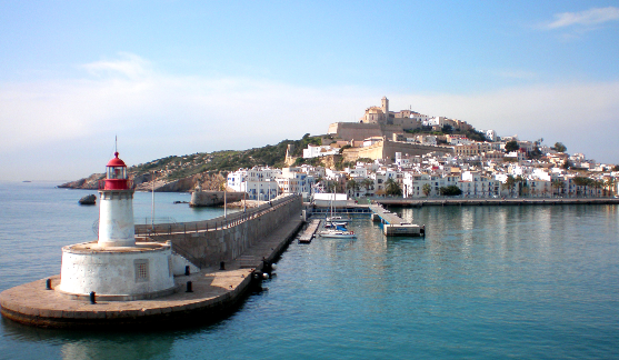 Image of the ferry terminal in Ibiza